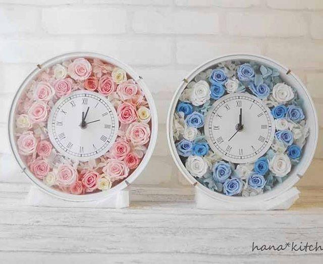 小さなバラいっぱいの花時計